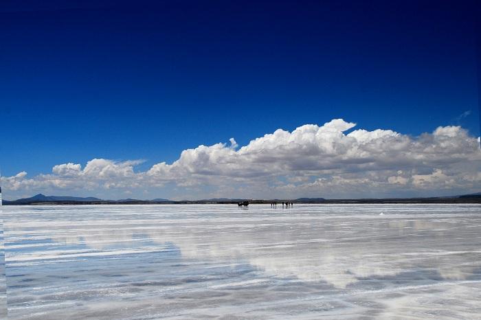 Vista_del_Salar_de_Uyuni_02414  வெந்நீர் ஊற்று... வானவில் ஆறு... உலகின் சில அதிசய இடங்கள்! Vista del Salar de Uyuni 02414