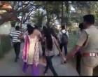 ராஜாஜி பூங்காவில் காதலர்களை அதிரவிட்ட தல்லாகுளம் போலீஸ்!