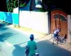 யாழில் சைக்கிளை களவெடுத்துக்கொண்டு ஓடும் கள்வர்கள்!! cctv camera வில் சிக்கியும் நடவடிக்கை எடுக்காத பொலிசார்!! (காணொளி)