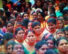ஆலய கும்பாபிஷேகம்:பக்தர்களின் சங்கிலியை அறுத்த 6  பெண்கள் கைது