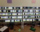 நீர்க்கொழும்பு பகுதியில் 402 செல்பேசிகளுடன் இயங்கிய சட்டவிரோத தகவல் தொடர்பு மையம் (படங்கள் இணைப்பு)