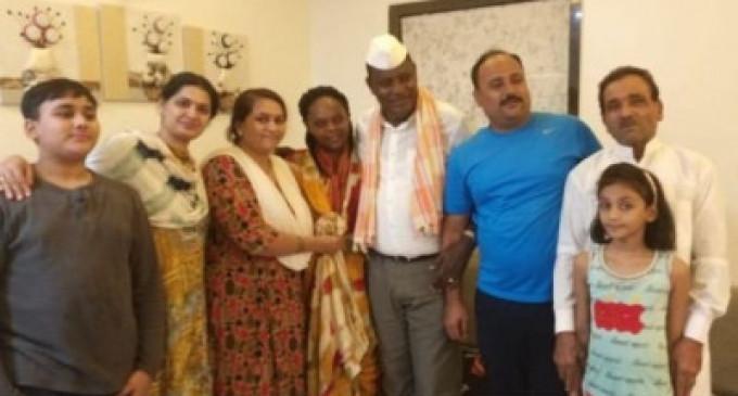 30 ஆண்டுகளுக்கு பின் கடனை கொடுக்க இந்தியா வந்த கென்ய எம்.பி – சொல்லும் காரணம் என்ன?