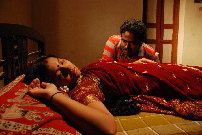 thenmozhi-thanjavur-movie-hot-photos5