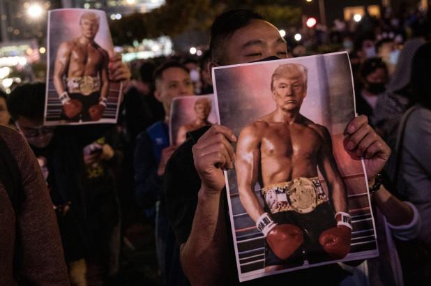hong-kong-protester விநோத புகைப்படத்தை வெளியிட்டு அதிர வைத்த ட்ரம்ப் விநோத புகைப்படத்தை வெளியிட்டு அதிர வைத்த ட்ரம்ப் hong kong protester