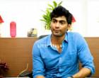 Sanam-அ ஏன் விட்டுபோனீங்க? : Tharshan உடைக்கும் Midnight Party ரகசியம்- வீடியோ