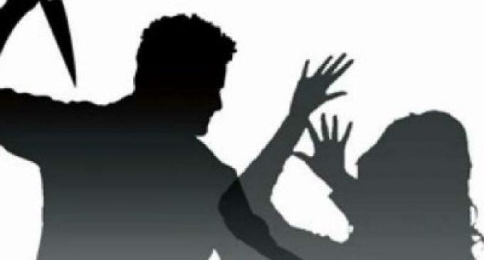 கல்யாணமான பெண் எஸ்.ஐயின் கழுத்தில் கத்தியை வைத்து.. தாலி கட்ட முயன்ற போலீஸ்காரர்!