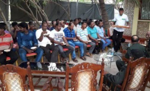விடுதலைப் புலிகள் அமைப்பின் முன்னாள் போராளிகள் இலங்கை ராணுவ அதிகாரிகளுடன் சந்திப்பு