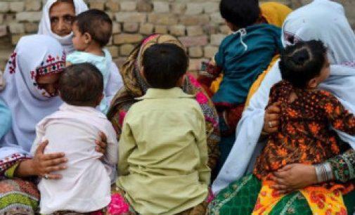 பாகிஸ்தானில் ஏராளமான குழந்தைகளுக்கு எய்ட்ஸ் – காரணம் தெரியாமல் திணறும் அரசு
