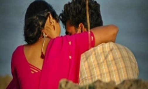 கனடாவிலிருந்து வந்த 41 வயது குடும்பப் பெண் யாழ் பல்கலை மாணவனுடன் மாயம்