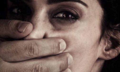 ஆபாசப் படங்களின் தாக்கம்: உடலுறவு நேரத்தில் தாக்கப்படும் பெண்கள் – அதிர்ச்சி தரும் ஆய்வு