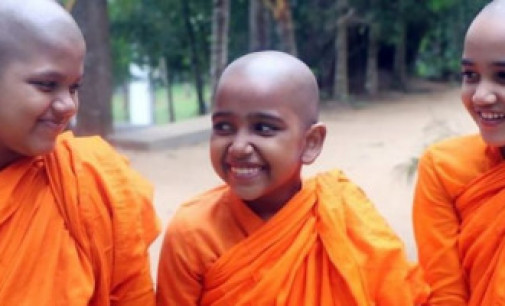 'புத்தரின் மகள்கள்' – இலங்கை பெண் பௌத்த துறவிகளின் உரிமைப் போராட்டம்