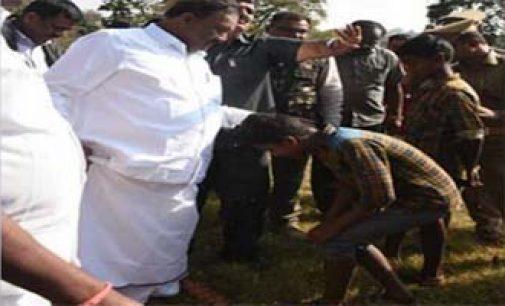'டேய் வாடா வாடா, செருப்பை கழற்றுடா'… அமைச்சரின் சர்ச்சை வீடியோ