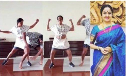 VIDEO : அரண்மனைக் கிளி நடிகையா இது?… 40 வயதில் 'மரண மாஸ்' நடனம்… அதுவும் தளபதியின் பாட்டுக்கு…!