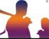 காதல் விவகாரம்:கத்திக்குத்து சம்பவங்களில் இரு பெண்கள் உட்பட மூவர் படுகாயம் – வவுனியாவில் சம்பவம்