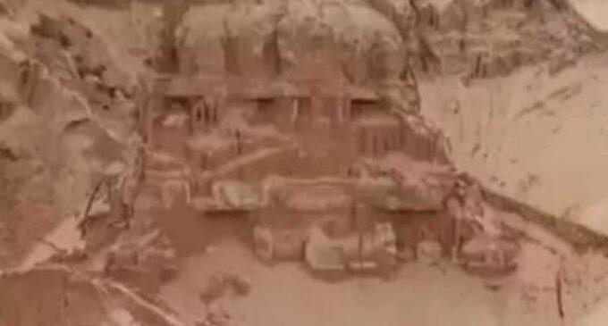 ஆந்திராவில் கண்டுபிடிக்கப்பட்ட 200 ஆண்டுகள் பழமையான சிவன் கோவில்
