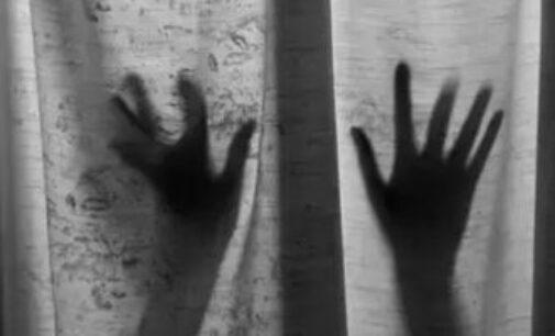 143 பேர் தன்னை பாலியல் பலாத்காரம் செய்ததாக இளம் பெண் புகார்