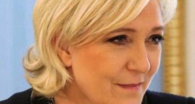 பிரான்ஸின் அடுத்த தேர்தலில் போட்டியிடும் Marine Le Pen எடுத்துள்ள தீவிர நிலைப்பாடு