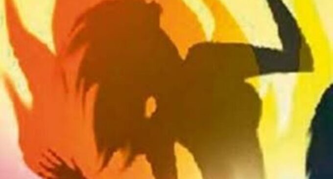 திடீரென பற்றியெரிந்த தீ..: ஒரு பிள்ளையின் தாய் பரிதாபகரமாக மரணம்