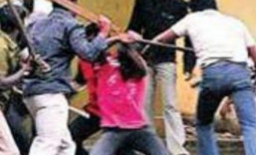 மரணவீட்டில் இரு குழுக்களுக்கிடையே மோதல் – 6 பேர் வைத்தியசாலையில்
